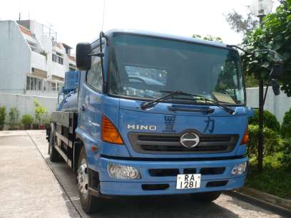 7,000升真空吸車操作中 7,000L Vacuum Desludging Truck in operation